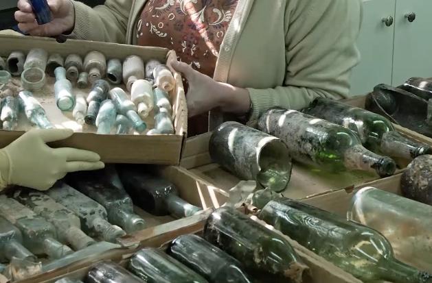 WWI liquor bottles in Israel