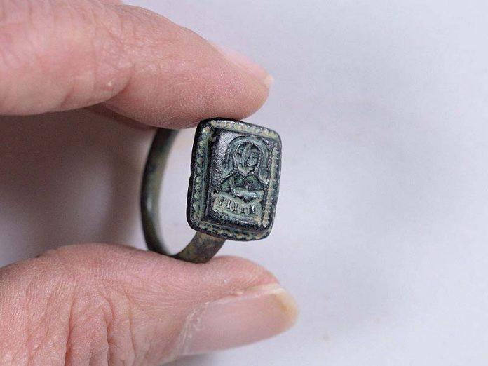 Medieval Santa Claus Ring Unearthed In Israeli Kibbutz